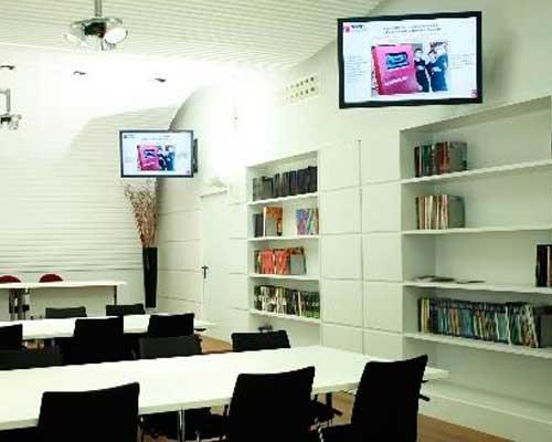 señalización digital en centros educativos