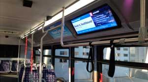 señalización digital en buses